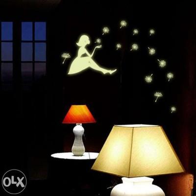 Naklejki Na Sciane Fluorescencyjne Swieca W Nocy 5392938296