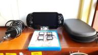 SONY PS VITA 4GB + 3 GRY