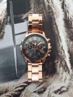 Zegarek na bransoletce w kolorze różowego złota
