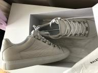 Oryginalne Balenciaga Arena Low Sneakersy 43 (28,5