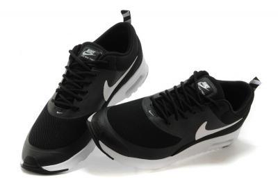 Nike Buty damskie Air Max Thea czarne r. 36 12 (599409 007