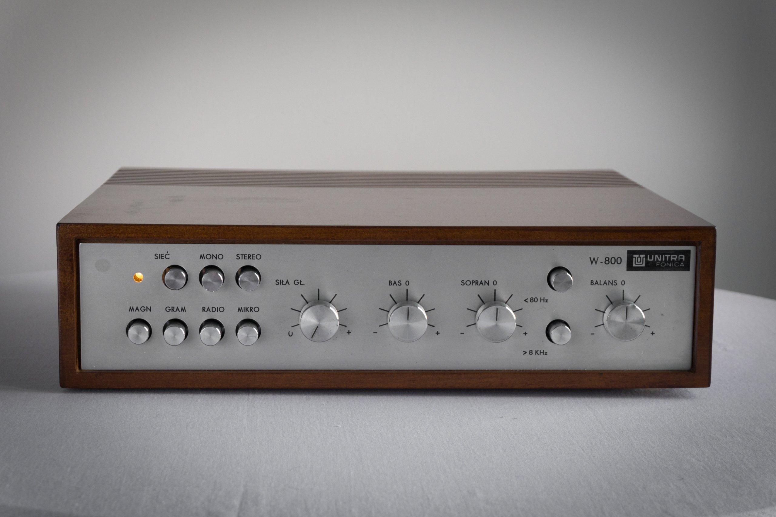Unitra Fonica W800 / Kultowy wzmacniacz / SPRAWNY!