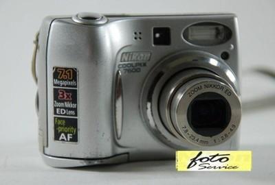 Nikon Coolpix 7600 obudowa wszystkie śrubki