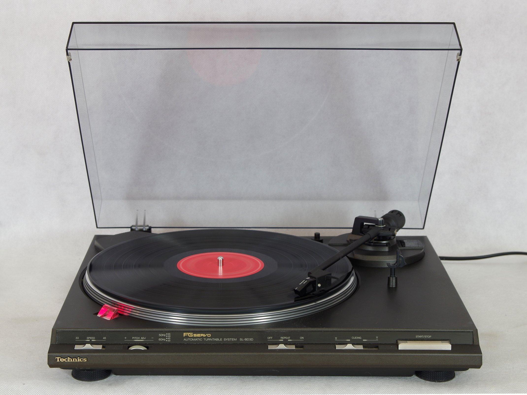 Gramofon Technics SL-BD3D, automat, Technics P34.
