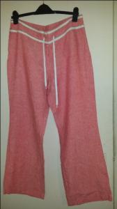 100 % len nowe malinowe spodnie B.Young luzne r.42