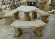 stół + 3 ławki z kamienia naturalnego piaskowiec