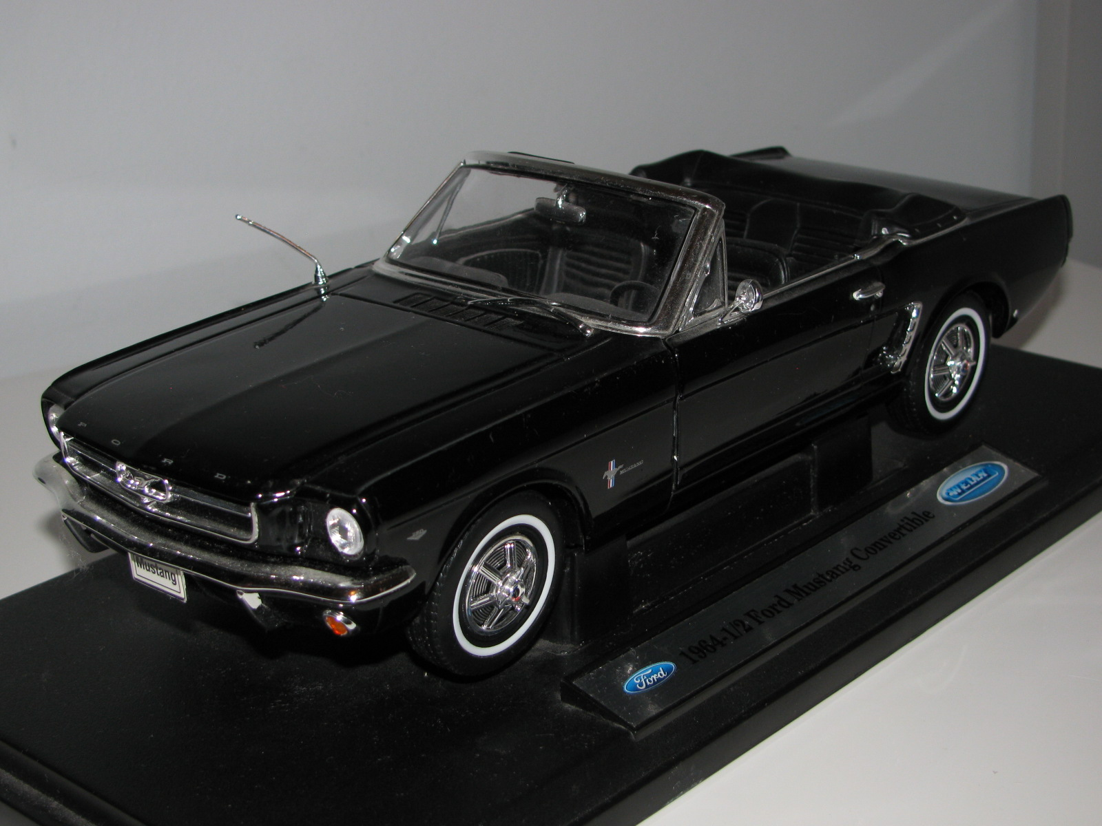 1964 FORD MUSTANG Convertible Cabrio 1 18