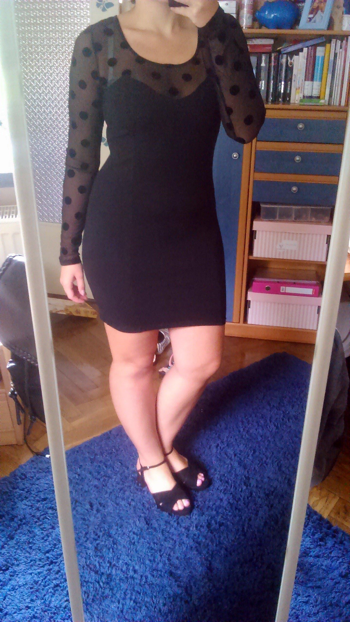 798a45f933 Czarna sukienka H M dopasowana bandażowa 42 - 7031946738 - oficjalne ...