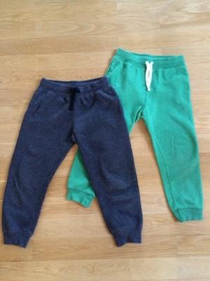 Chłopięce spodnie dresowe H&M rozm.120
