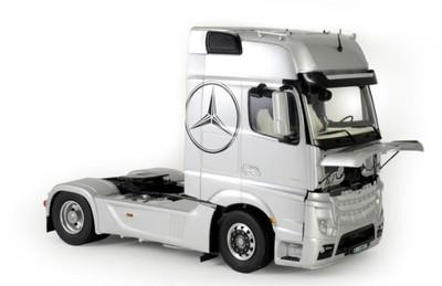 Model Do Sklejania Mercedes Benz Actros Mp4 1 24 6803289627 Oficjalne Archiwum Allegro