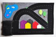 Zabawka dla chłopca z filcu, dywan z ulicami