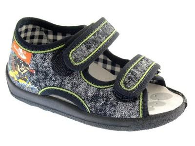 bf4d86b1 CHŁOPIĘCE kapcie DZIECIĘCE obuwie domowe RENBUT 22 - 6514583802 ...