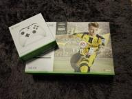 XBOX ONE S  2 PADy FIFA 17 + PROJECT CARS EAA/LIVE