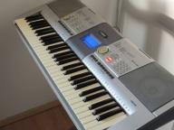 Yamaha 5 oktaw dynamiczna klawiatura PSR295MIDIUSB