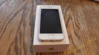 Smartfon iPhone 5  Biały 16GB