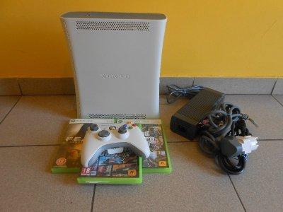 XBOX 360 +3XGRA+ZAS+KABEL HDMI+1XPAD