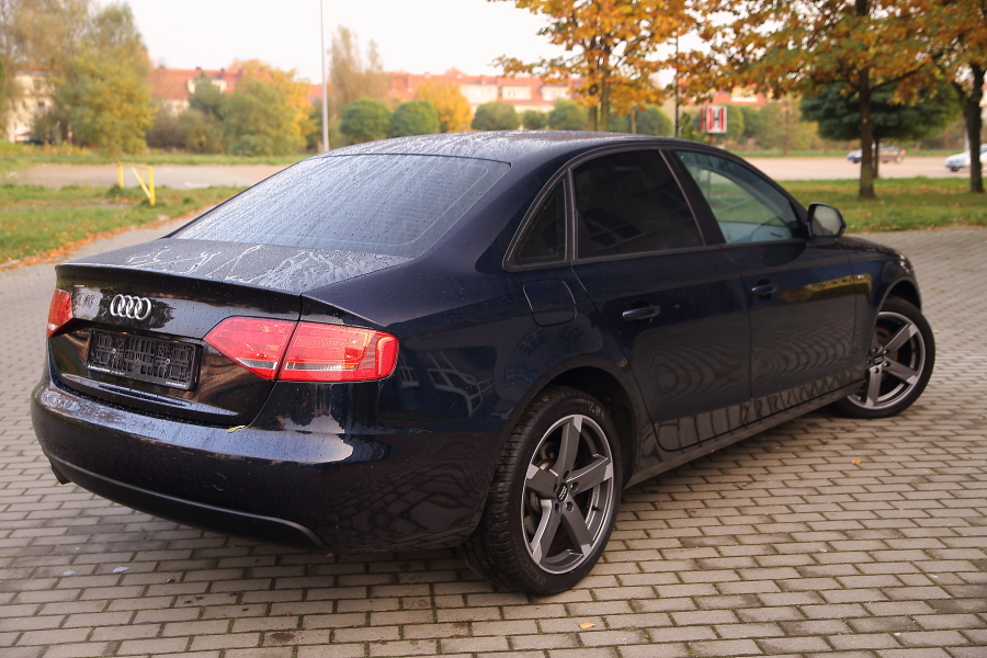 audi a4 b8 2 0tdi 143km xenon sedan zobacz. Black Bedroom Furniture Sets. Home Design Ideas