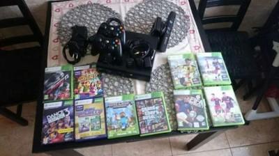 Xbox360 250GB+kinect+2 pady+stacja dokujaca+10gier