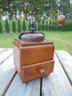 Drewniany młynek do kawy pieprzu (nr107)