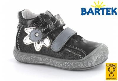 Czarne kozaczki Bartek 23