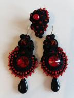 komplet sutasz czarno-czerwony