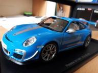 1:18 AUTOart PORSCHE 911(977) GT3 RS 4.0 BLUE