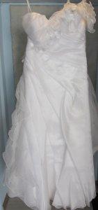 5d34f920b6 Suknia ślubna styl hiszpański