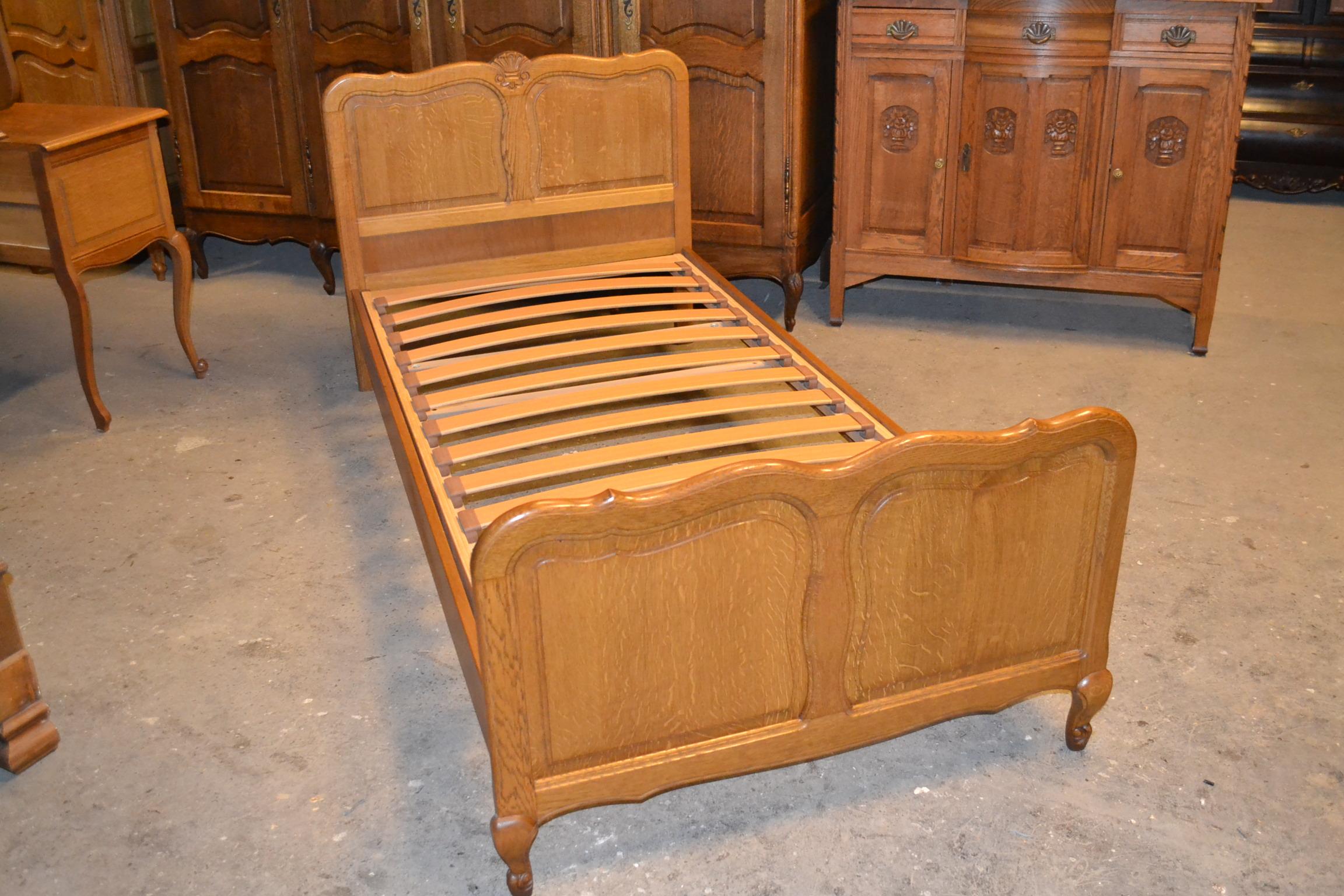 łóżko ludwikowskie 90