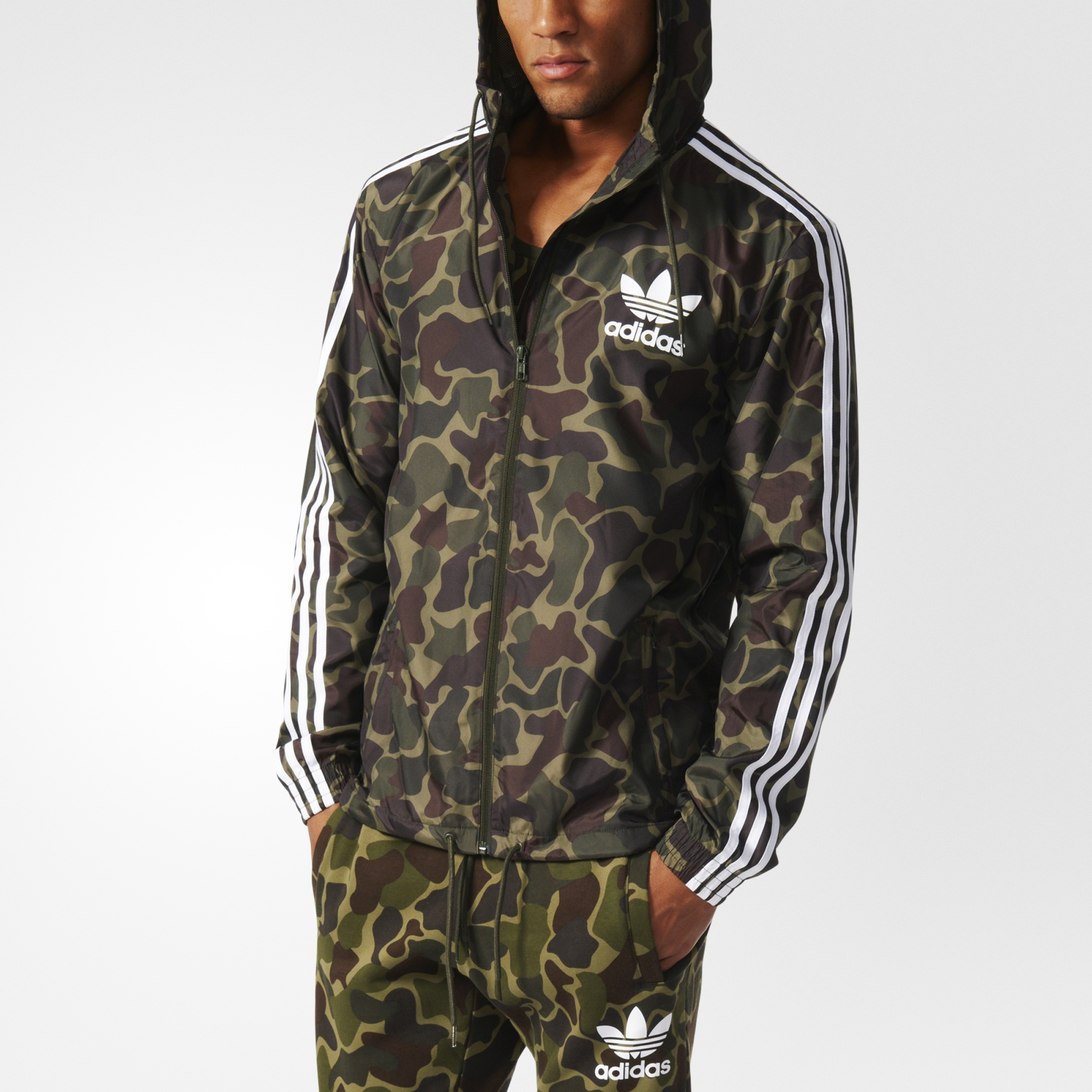 Adidas Originals Camouflage Windbreaker Jacket r L