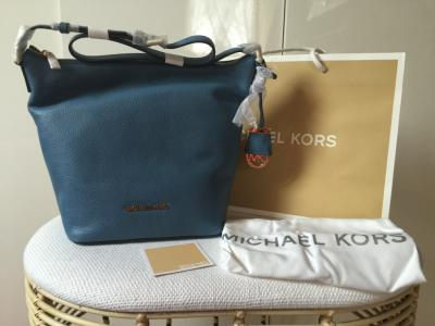 d79e04c8cafb3 ... where can i buy michael kors bedford cornflower pikna torebka 81ec3  f77e6