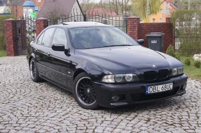 BMW 525d XENON SKÓRA PDC M-PAKIET CZARNA IDEALNA!!