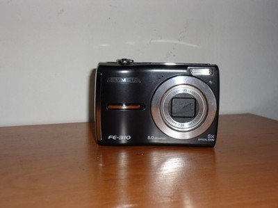 Olympus FE 310 uszkodzony aparat cyfrówka części