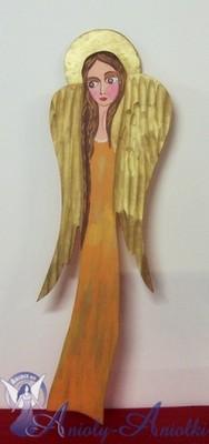 Anielica malowana na drewnie [07051]