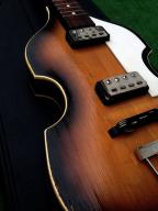 Beatlesówka, violin, hollow - bas z historią
