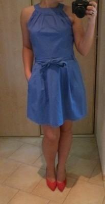 Sukienka niebieska błękitna Vertus 38 M z kokardą