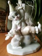 Pierot z kotkiem Foreign porcelana