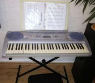 Keybord YAMAHA PSR 275