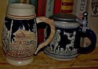 Dwa niemieckie kufle ceramiczne