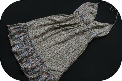 1306s56 H&M zielona SUKIENKA w kwiaty MODNA 38