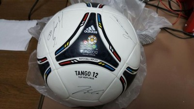 Piłka euro 2012 adidas Tango 12