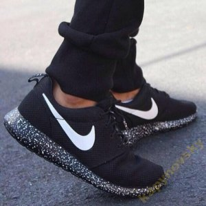 nike roshe run oreo kapynovskyshoes 36 45 6433262609. Black Bedroom Furniture Sets. Home Design Ideas