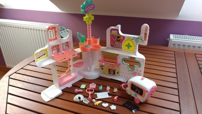 Szpital LPS Littlest Pet Shop i akcesoria
