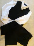 Garnitur czarny dwuczęściowy 110 + koszula gratis