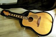 Fender Kingman SCE Natural CS+case, jak nowy.