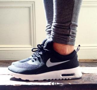 huge discount c499c dcfd5 Buty Nike Air Max Thea czarne 36-40 PROMOCJA