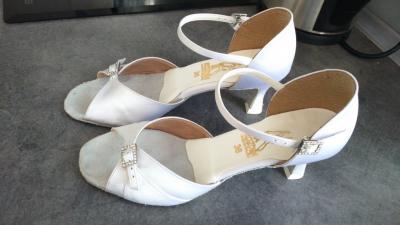 f3be05b4090aa buty ślubne taneczne Kozdra 36 - 5290878150 - oficjalne archiwum allegro