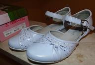 Dziewczęce lakierki buty komunijne 31