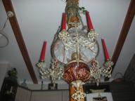 Piękna lampa naftowa z 6 świecami.