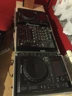 2x CDJ 2000 + DJM 900