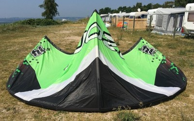 Latawiec Ozone Catalyst 14 m2 - kite + bar